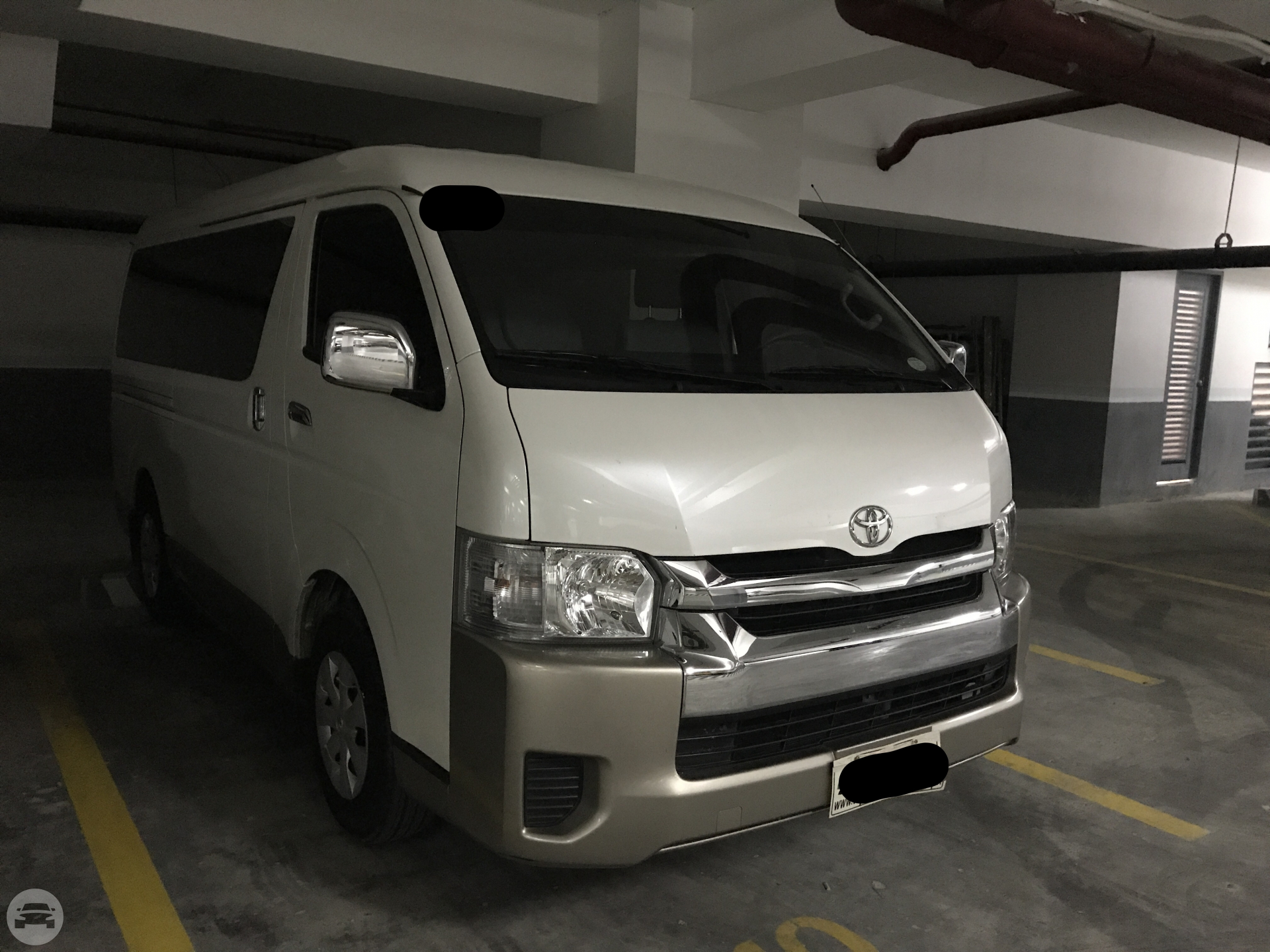 Toyota GL Grandia Van  / Makati, Metro Manila   / Hourly (City Tour) ₱900.00  / Airport Transfer ₱3,500.00  / Daily ₱6,000.00