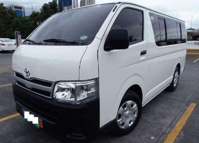 Hi Ace Commuter Van / Tagbilaran City, Bohol   / Hourly ₱300.00  / Airport Transfer ₱1,200.00  / Daily ₱3,500.00