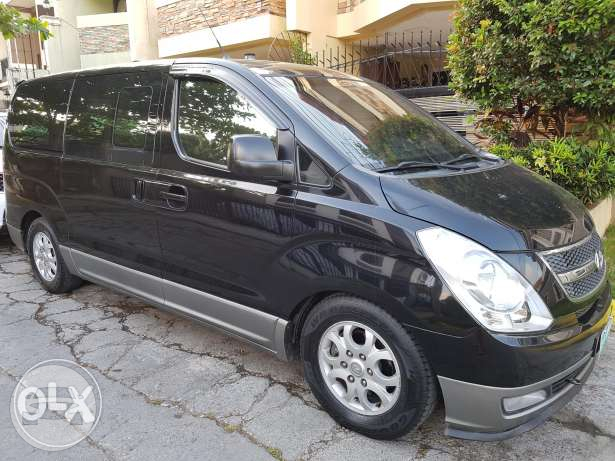 Hyundai Grand Starex Van Van  / Parañaque, Metro Manila   / Hourly ₱350.00  / Airport Transfer ₱2,000.00  / Daily ₱3,500.00