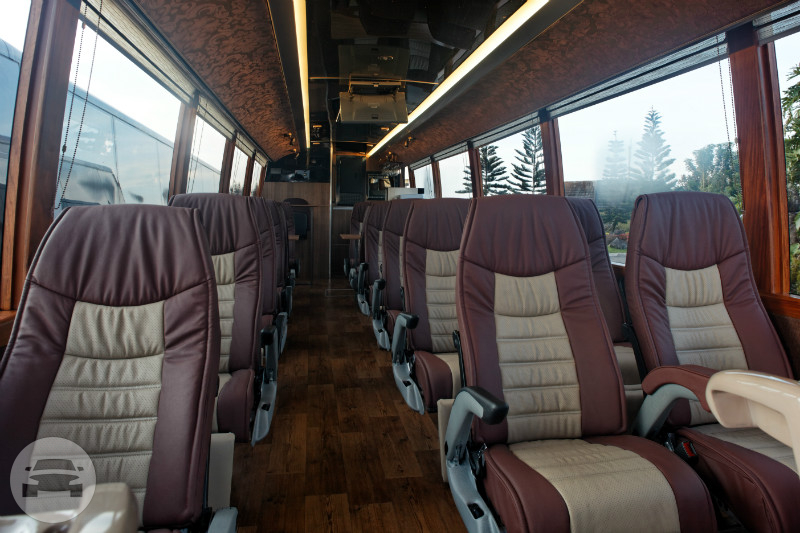 LUXURY BUS - ESTILO Coach Bus  / Manila, Metro Manila   / Hourly ₱3,750.00