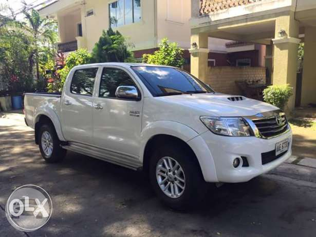 Toyota Hilux Pick Up - White Van / Cebu City, Cebu   / Hourly ₱0.00