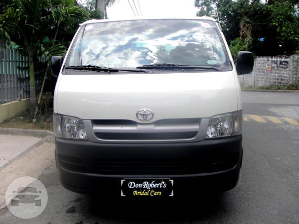 TOYOTA HIACE Van  / Cavite City, Cavite   / Hourly ₱0.00