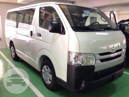 b46fded159 Toyota Hiace Commuter Van Van   Batangas